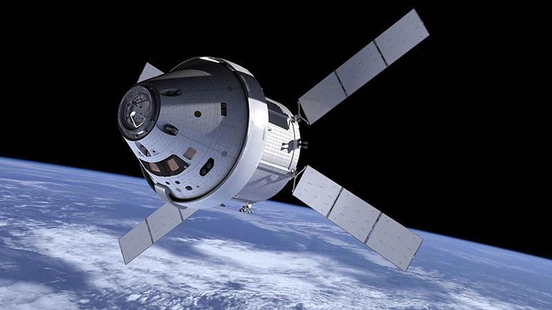 Una cápsula Orión en órbita