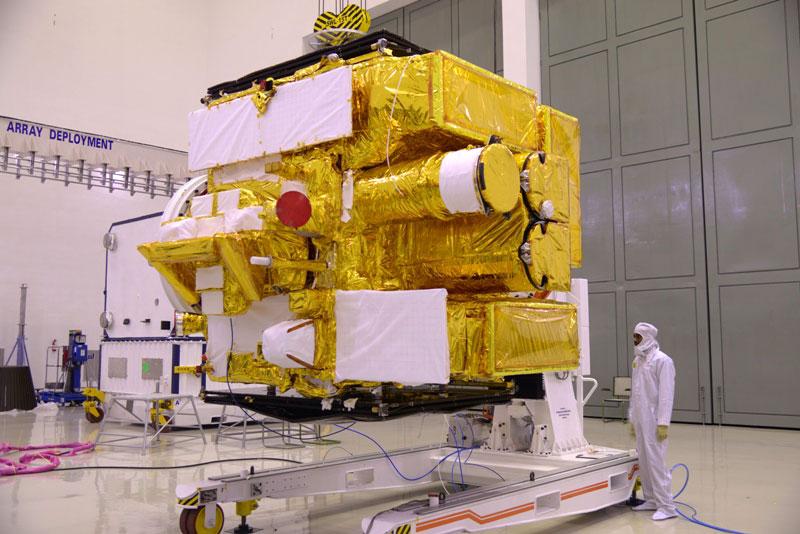 Astrosat durante las inspecciones previas al lanzamiento