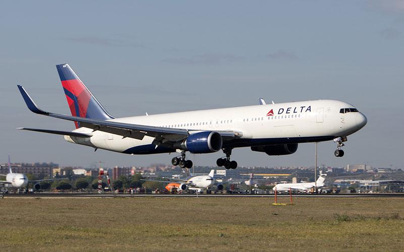 Delta N1609 llegando a Madrid