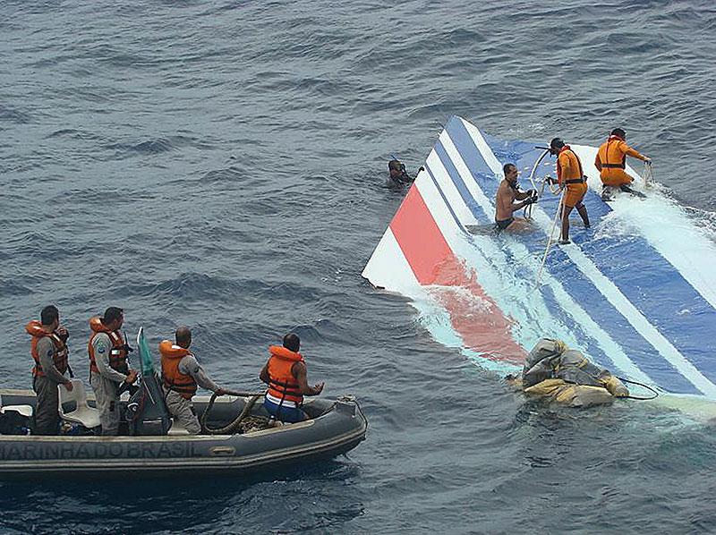 La deriva del AF447 a flote en el Atlántico