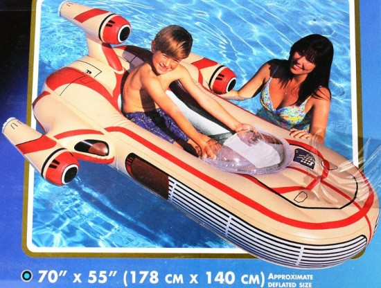 Sw-Landspeeder-Pool-Toy-2