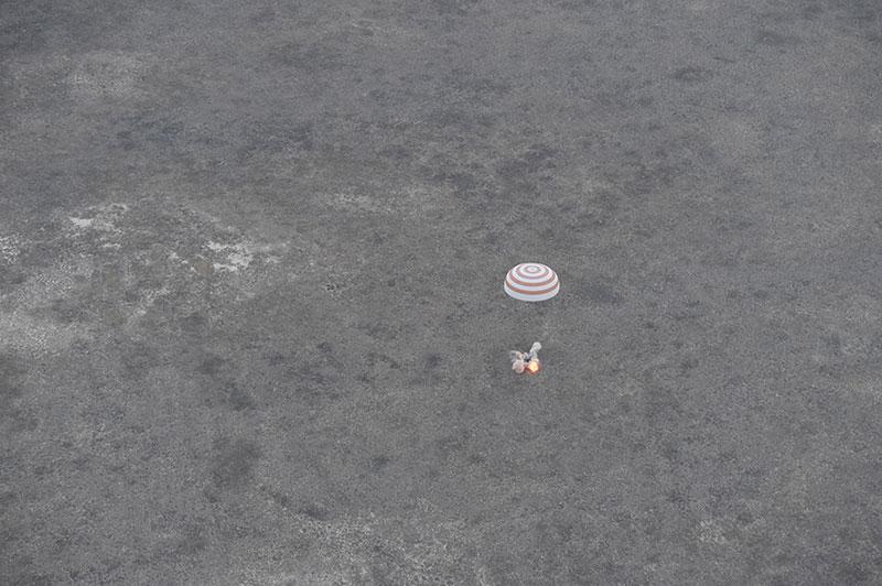 Aterrizaje de la Soyuz TMA-16M