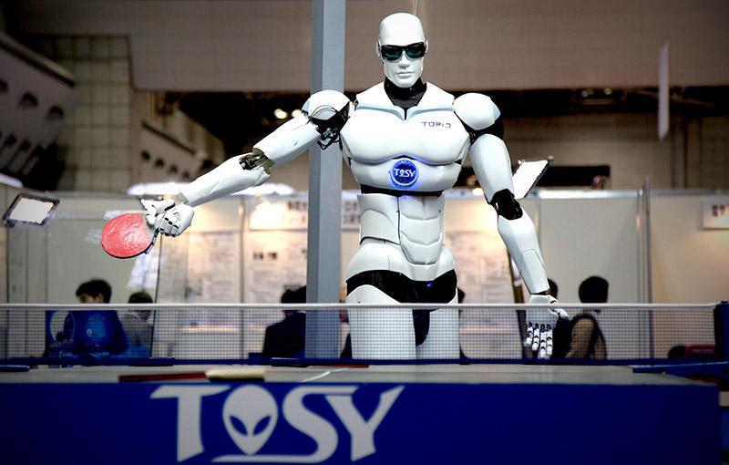 Robot Topio 3