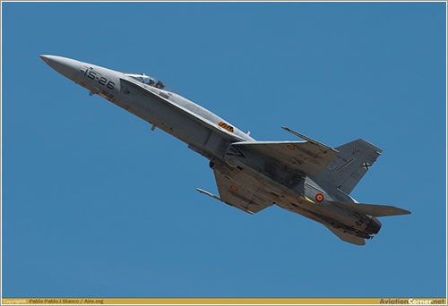 F-18 despegando por Pablo Blanco