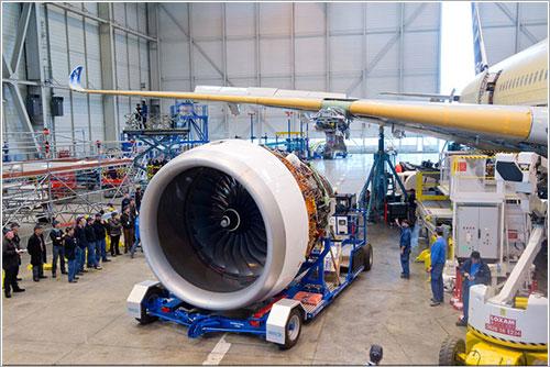Uno de los Rolls-Royce Trent XWB listo para su instalación