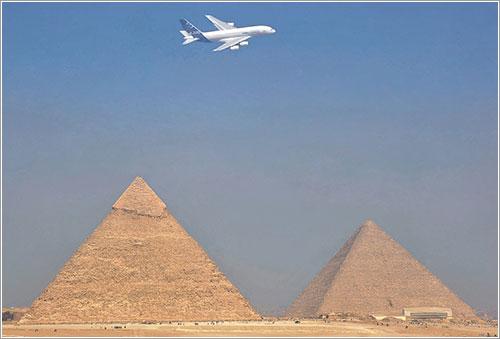 A380 y pirámides - Airbus