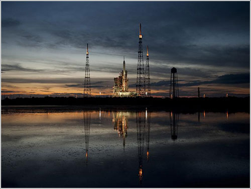 Sun Sets on Launch Pad 39B - NASA/Bill Ingalls