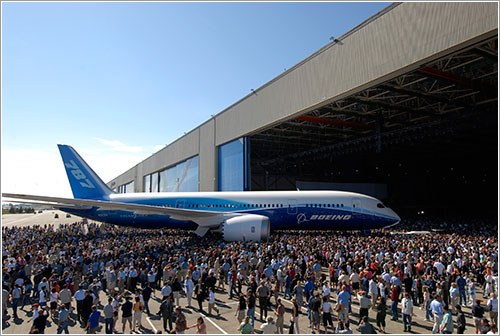 Roll out del B787 / Boeing