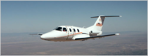 Eclipse 500 en vuelo