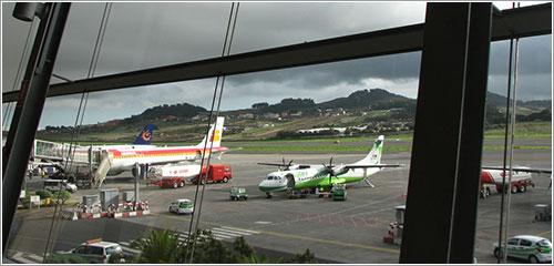 Foto desde el interior del edificio terminal