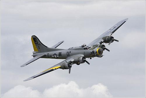 El Liberty Belle en vuelo