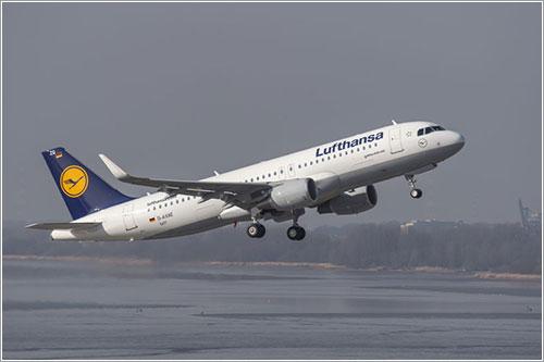 Lufthansa D-AXAE en vuelo