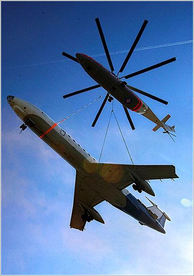 El Mi-26 demostrando su capacidad de carga