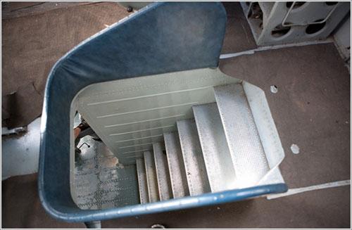La escalera del V-12