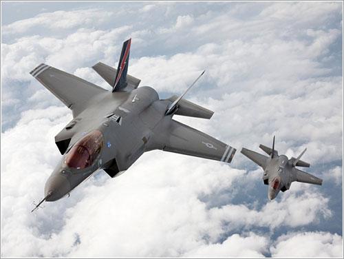 Pareja de F35 en vuelo