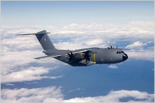 Primer A400M de producción en vuelo