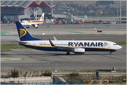 EI-DLV de Ryanair en Madrid-Barajas