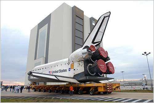 El Endeavour hacia el VAB - NASA/Jim Grossman
