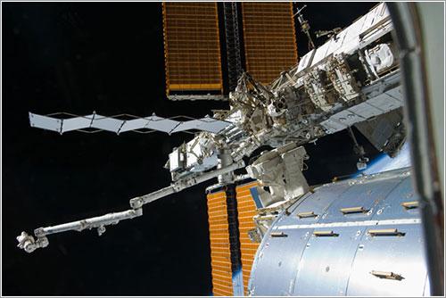 Arnold y Swanson durante el paseo espacial - NASA