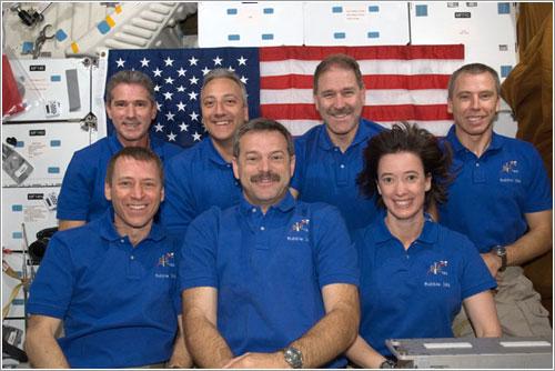 Tradicional foto de la tripulación en el espacio - NASA