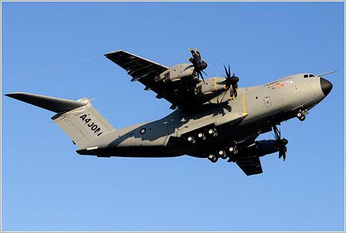 Primer vuelo A400M - Luis Calvo