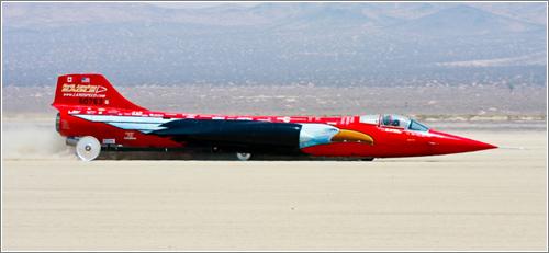 North American Eagle (C) Chris Michael / Landspeed