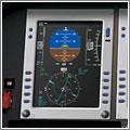 El horizonte artificial indica al piloto su actitud con respecto a la superficie terrestre