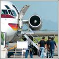 Las escaleras a bordo son cada vez menos necesarias por el equipamiento aeroportuario