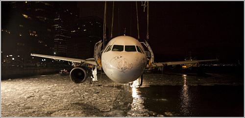 La recuperación del Airbus del vuelo 1549 © Stephen Mallon