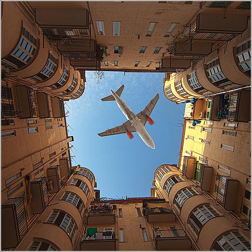 Wow-Avion-Edificio