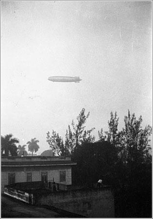 Historia: un Zeppelin sobre Sevilla