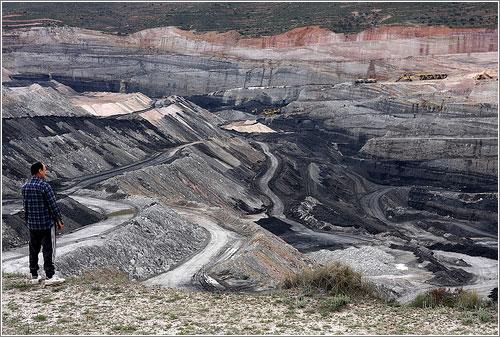 Efectos de la minería del carbón en Estercuel (Teruel) (CC) Jen SFO-BCN
