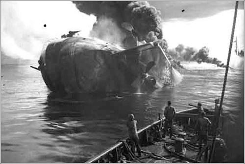 Hundimiento USS Mississinewa