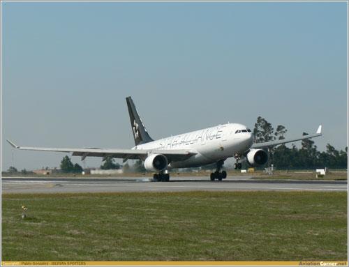 A330 de TAP aterrizando en Oporto por Pablo González