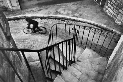henri-cartier-bresson-bicycle.jpg