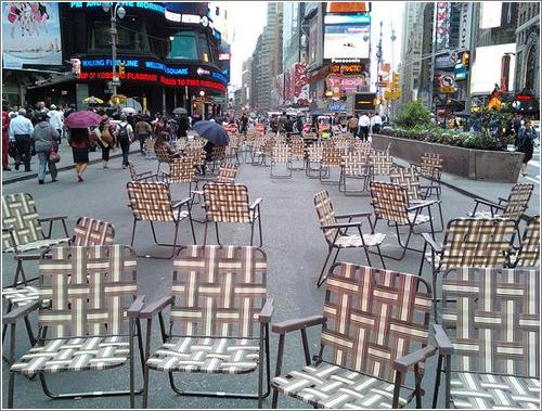 Times Square Beach Chairs (CC) Carl MiKoy