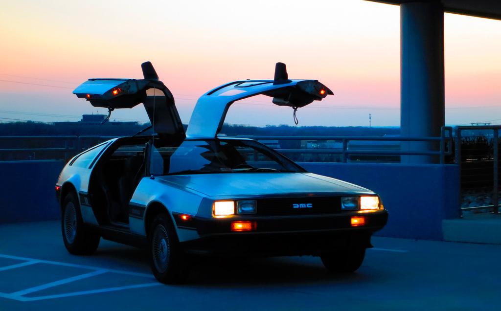 DMC-12 replica (CC) Ian Weddell @ Flickr