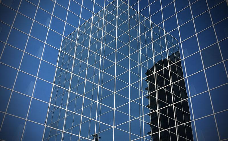 Blue Building (CC) Alvy @ microsiervos.com