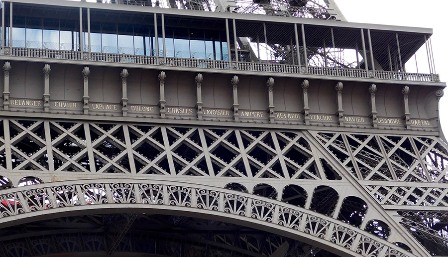 Torre Eiffel (CC)-by Alvy @ Flickr