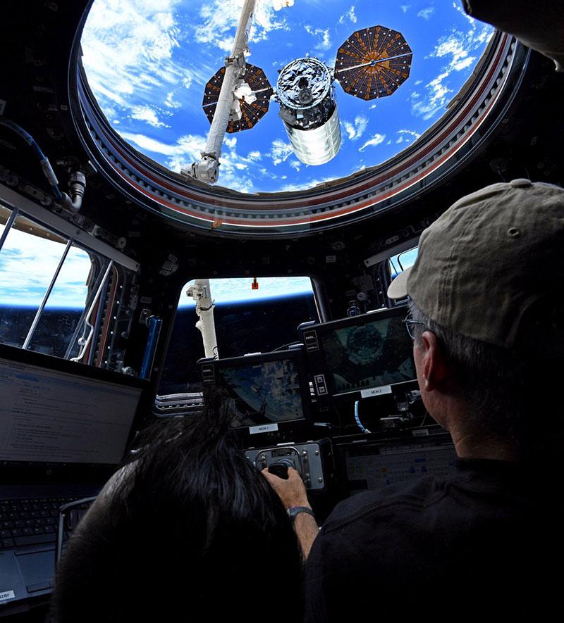 Partida de la Cygnus OA-8