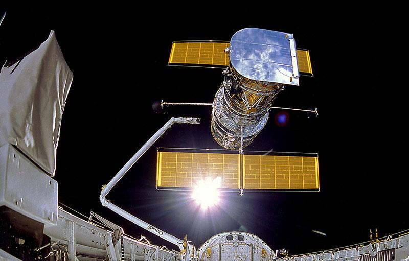El Hubble liberado en órbita