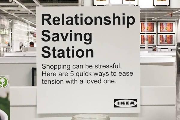 Toda una idea: «puestos de salvamento de relaciones de pareja» en Ikea