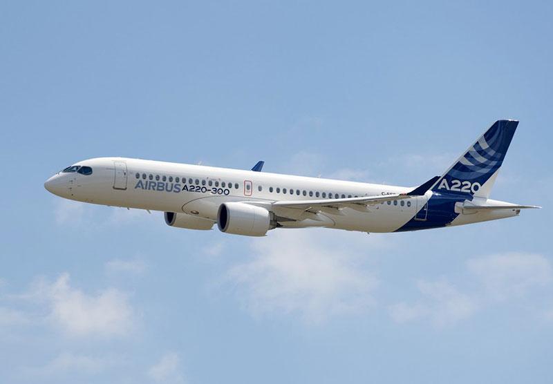 A220-300 en vuelo con la librea de Airbus