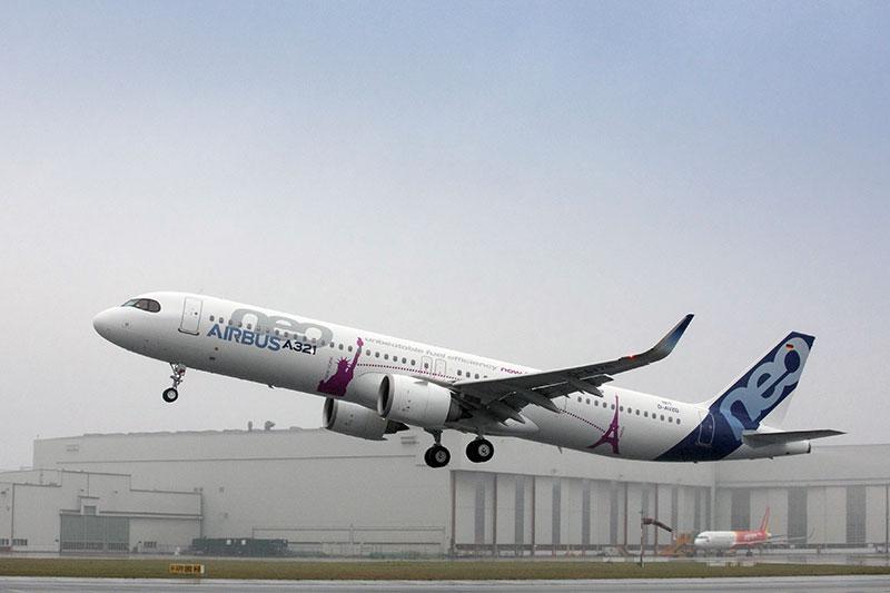 A321LR despegando