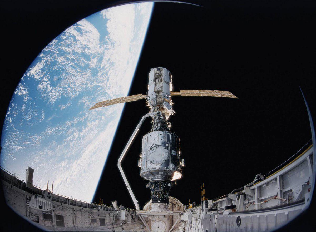 20 años desde que la Estación Espacial Internacional es habitable