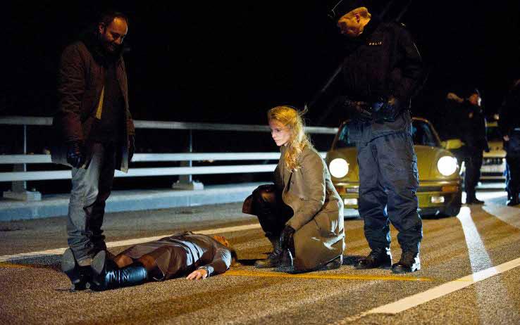 ¿Un? cadáver en el puente