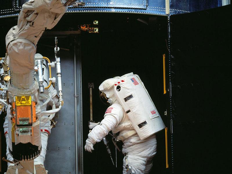 COSTAR ya metida en el Hubble – NASA