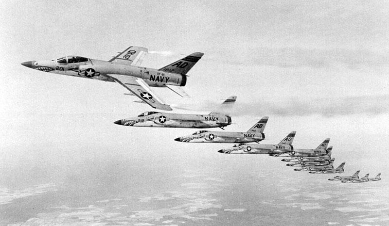 Una formación de F-11