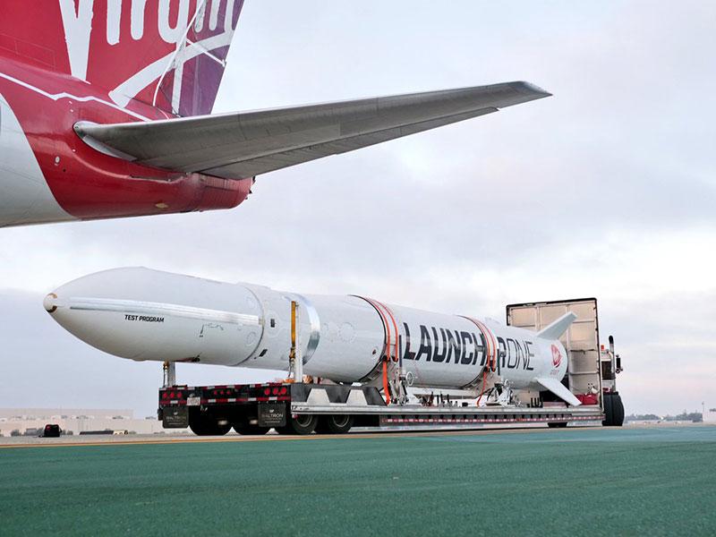 Virgin Orbit conecta por primera vez un cohete LuncherOne con su avión lanzador