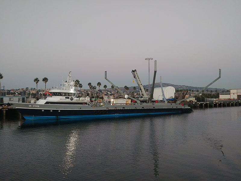 Mr. Steven en puerto